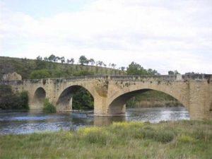 Ruta del Vino de Rioja Alta puente medieval de san vicente