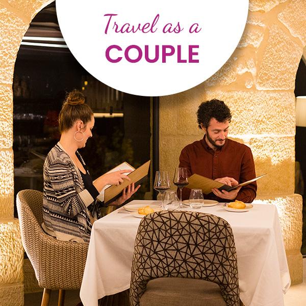 viajar-pareja-en