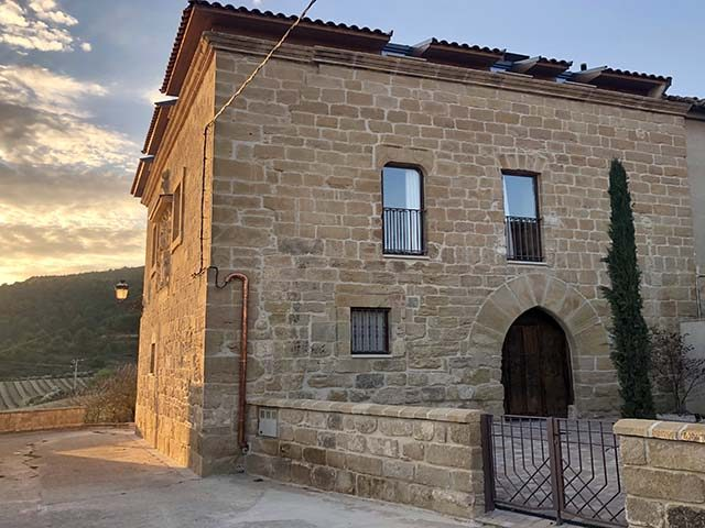 Casa Rural Medieval Boutique Palacio Counts of Cirac