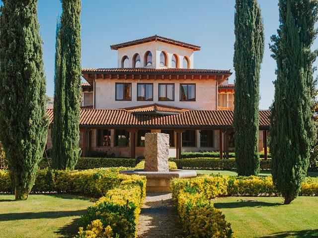 Altanza Wineries